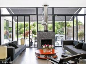 Comment décorer un salon en optant pour le style design ...