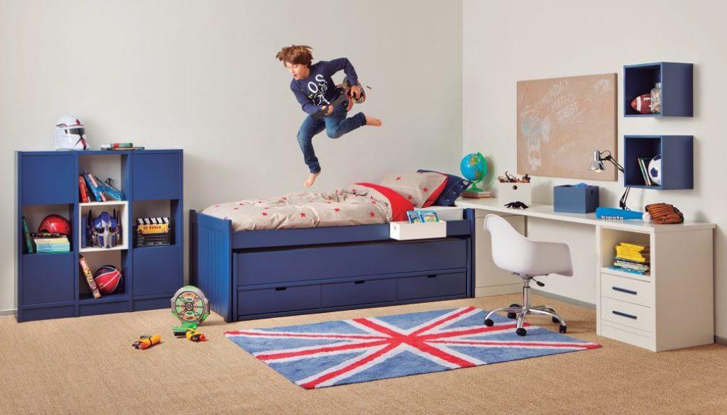 bureau enfant comment le bien d corer. Black Bedroom Furniture Sets. Home Design Ideas