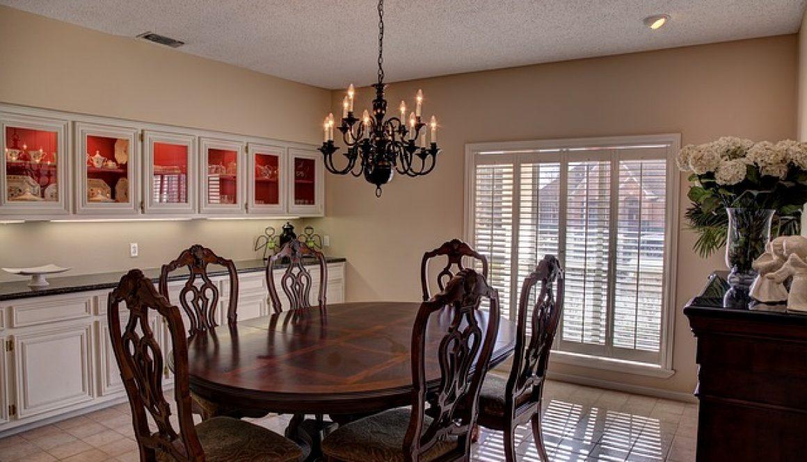 dining-room-469298_640